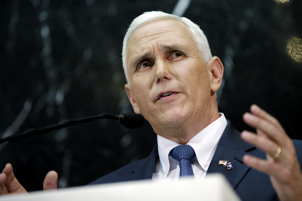 Trump selects Pence as running mate