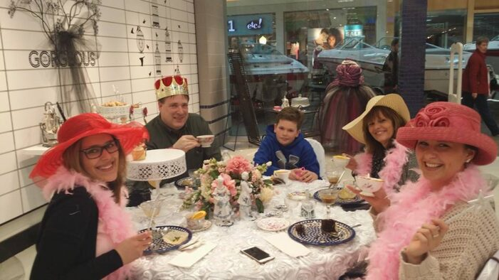 Local cupcake and tea party business caters to princesses