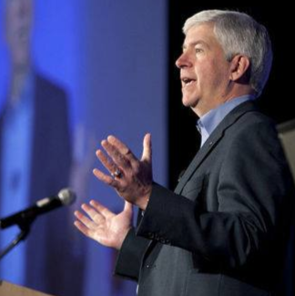 Snyder wants charges dropped